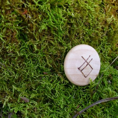 Pocket Rune to get rid of bad habits - Wooden Rune Amulet - Dårlige vaner