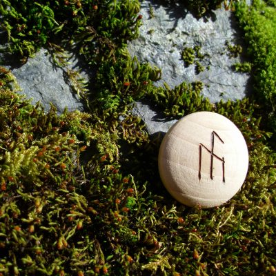 Pocket Rune for inspiration - Wooden Rune Amulet - Inspirasjon
