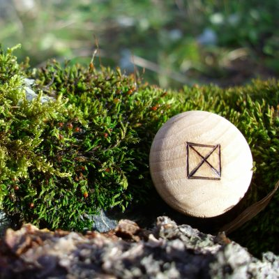Pocket Rune for health - Wooden Rune Amulet - Helse