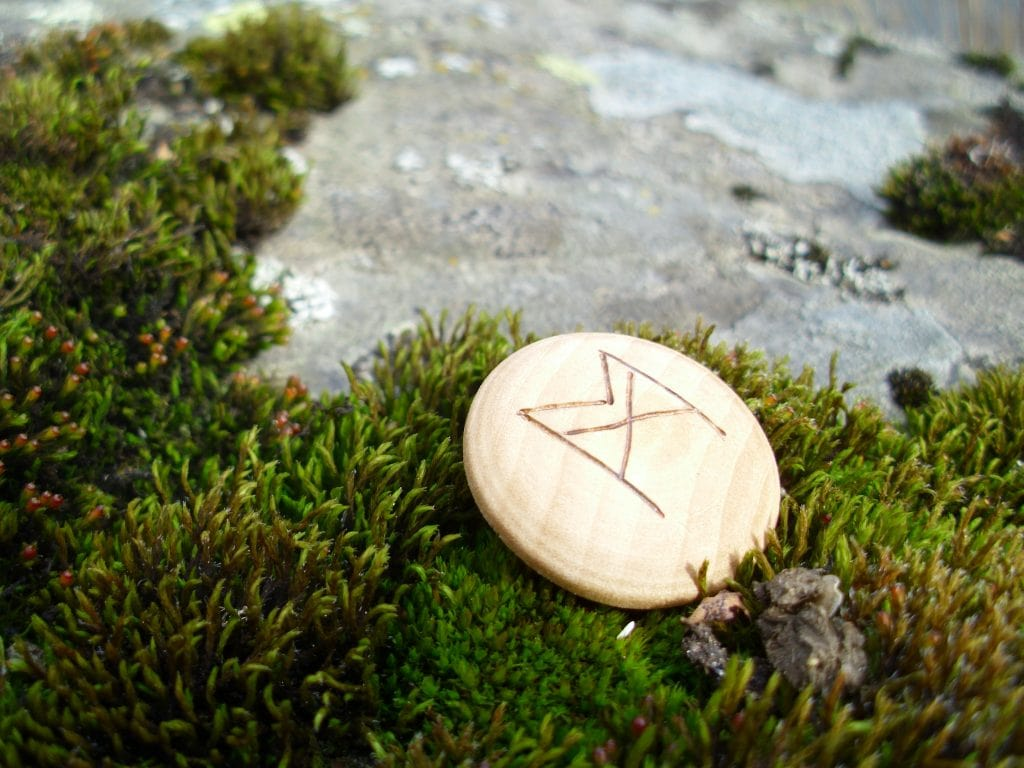 Pocket Rune for Self-Confidence - Wooden Rune Amulet