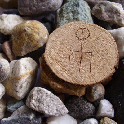Wooden Rune Amulet For Love - Kjærlighet