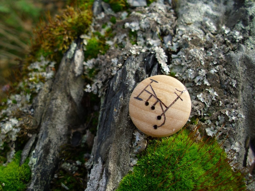 Pocket Rune for Camouflage and Deception - Wooden Rune Amulet