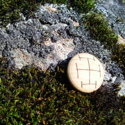 Pocket Rune for Concentration - Wooden Rune Amulet - Konsentrasjon