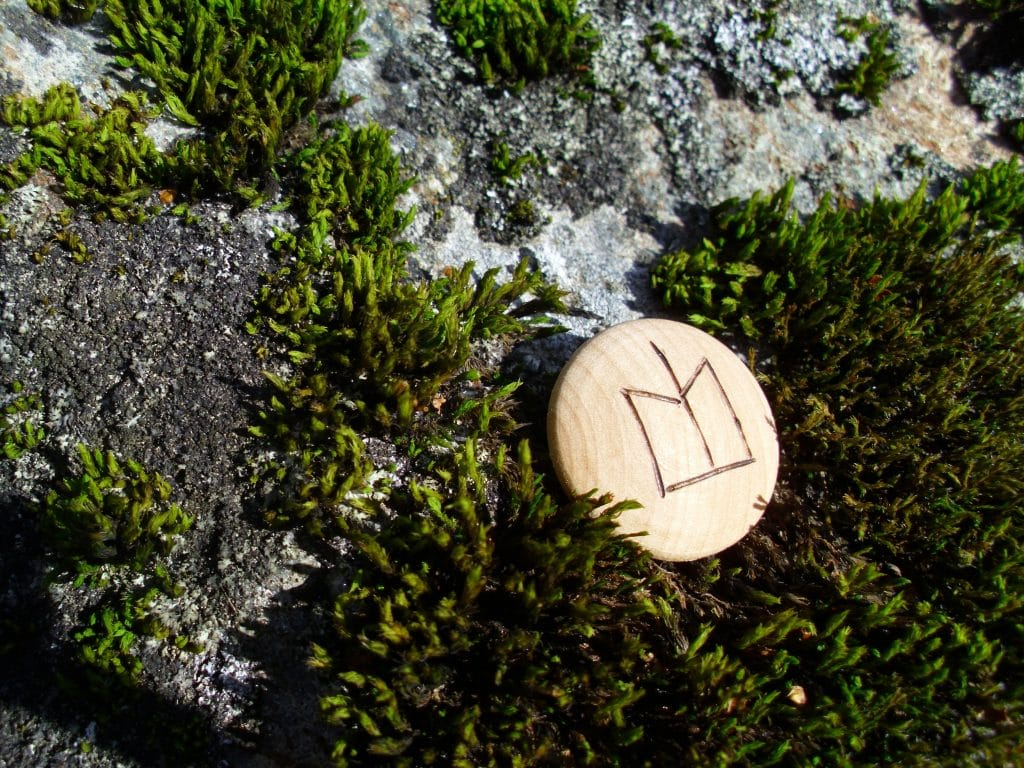 Pocket Rune for Job Luck - Wooden Rune Amulet