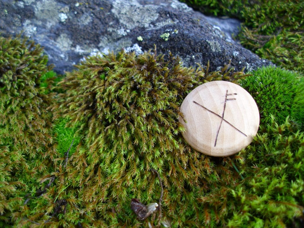 Pocket Rune for Luck - Wooden Rune Amulet