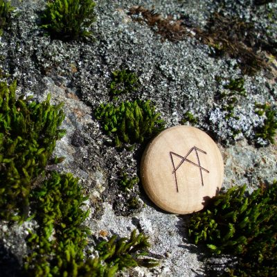 Pocket Rune for Mental Capacity - Wooden Rune Amulet - Mental kapasitet