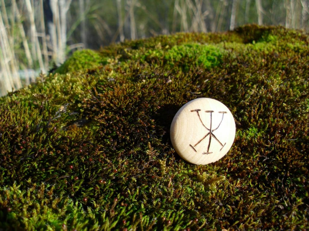 Pocket Rune for Work and Money - Wooden Rune Amulet