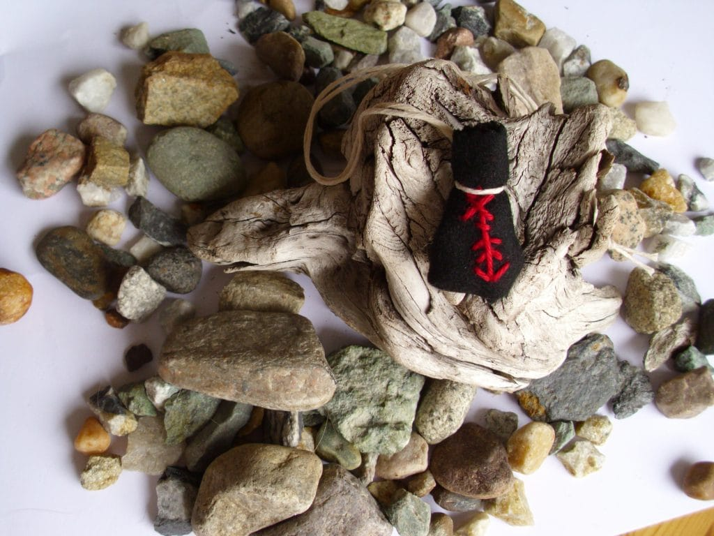 Amulet bag for weight-loss