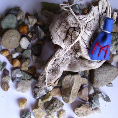 Amulet bag for prosperity - Velstand