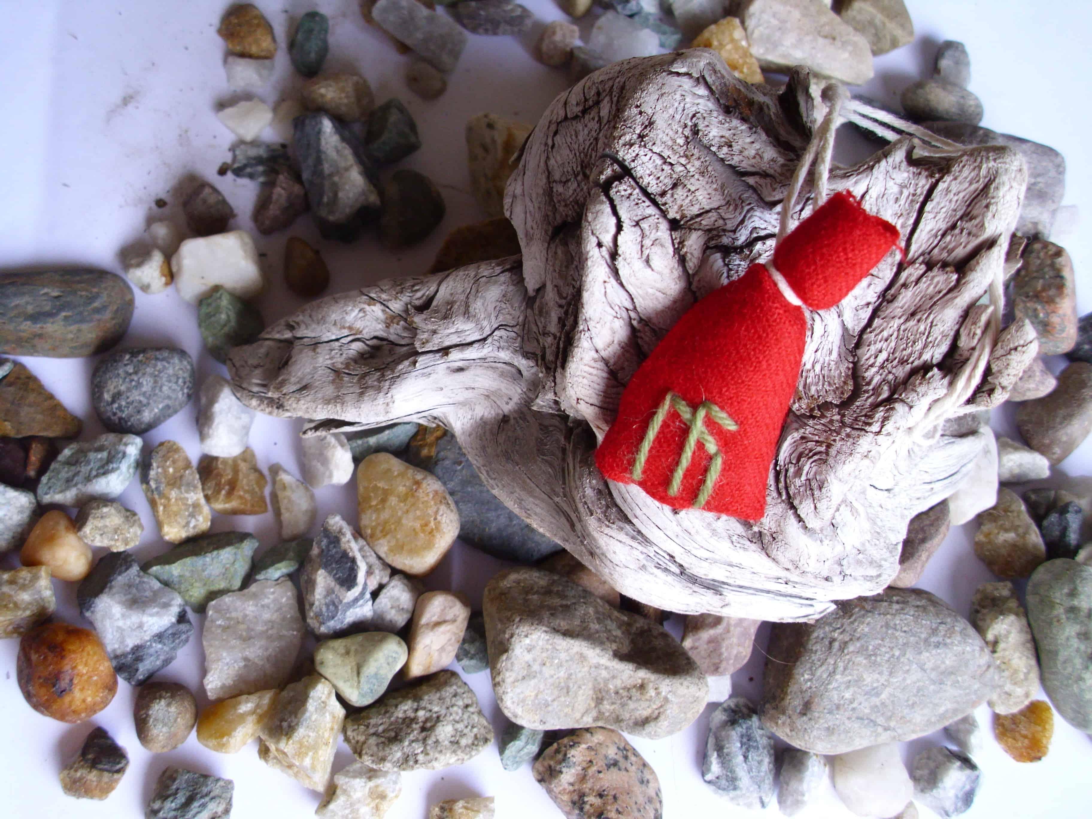 How I make the things I make – Amulet bags