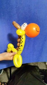 Balloon giraffe