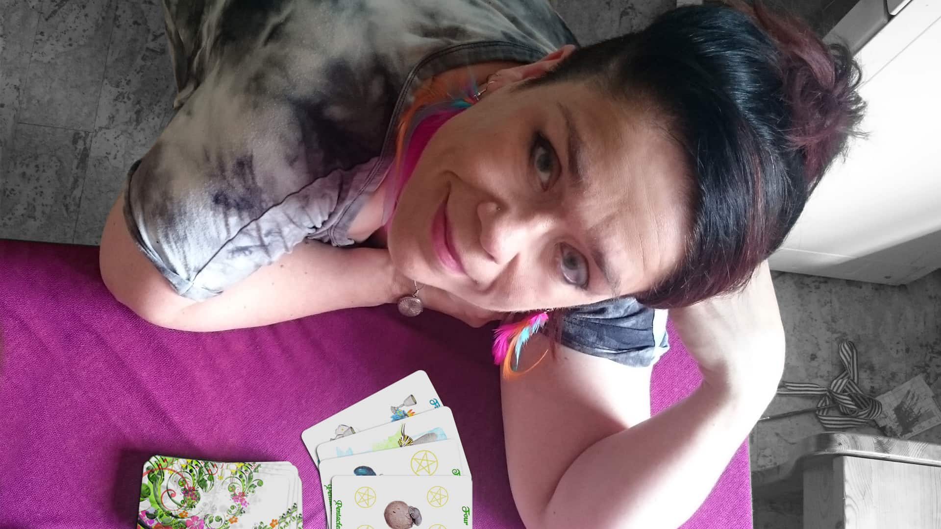 Using indiegogo to get the tarot deck out to you